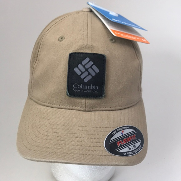 ad7fdd669c422 Columbia Flexfit Logo Patch Hat Cap